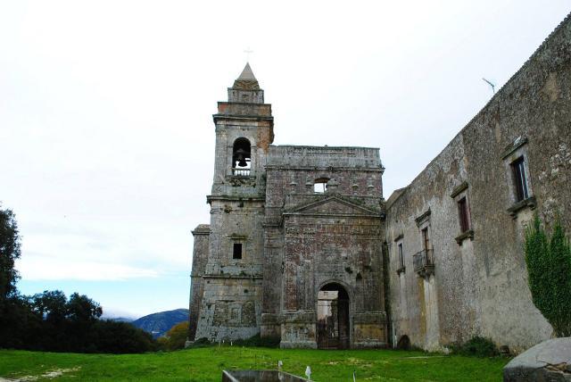 Abbazia di Santa Maria del Bosco a Contessa Entellina