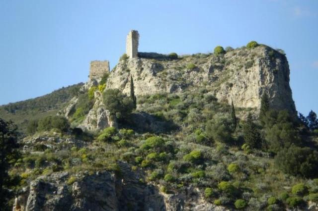I ruderi del castello di Cristia