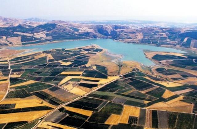 Il Lago Arancio dall'alto