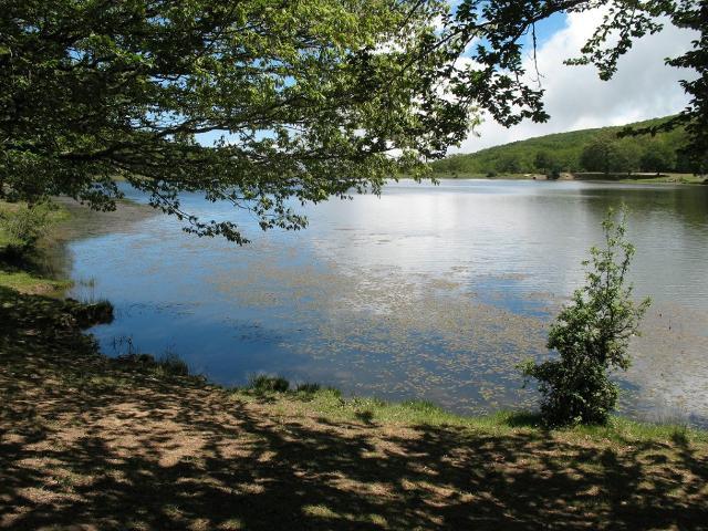 Uno dei tanti laghi nel Parco naturale dei Nebrodi