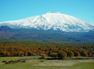 L'Etna e le sue grotte
