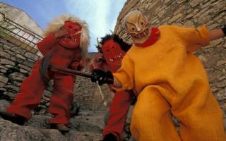 La domenica di Pasqua, a Prizzi, bisogna stare attenti ai Diavoli!