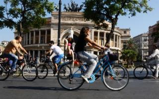 Tutti in bici ma con una postura corretta!