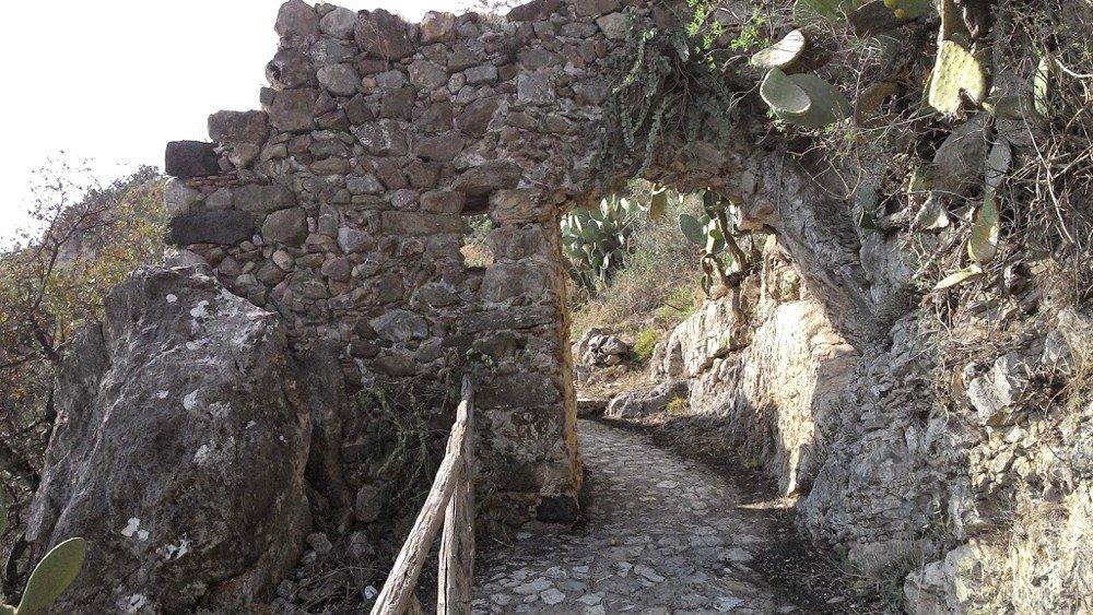 Il sentiero della 'Porta del Saraceno'