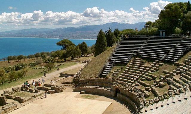 Il Teatro Greco di Tindari (ME)