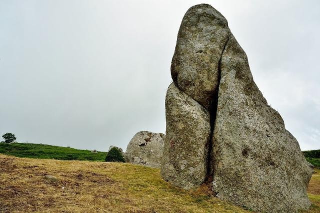 Alcuni megaliti dell'Argimusco, nel territorio di Montalbano Elicona - Foto Francesco Speciale