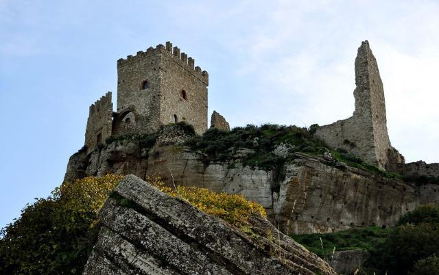 Il castello di Cefalà Diana
