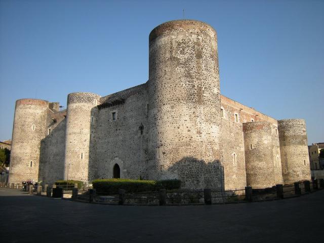 il-castello-ursino-di-catania