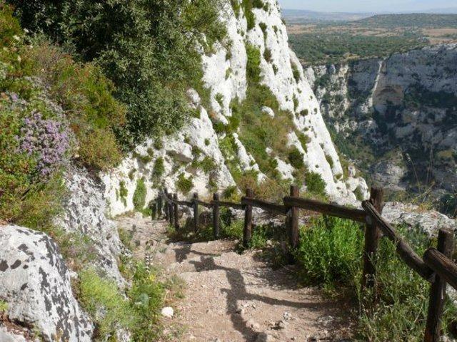 Cavagrande del Cassibile, sentiero