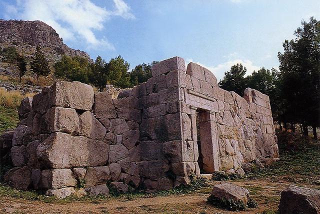 Il Tempio di Diana sulla Rocca di Cefalù