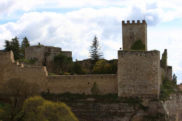 Il Castello di Lombardia (esempio di castello federiciano) - Enna