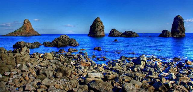 l-itinerario-subacqueo-delle-ancore-di-aci-trezza