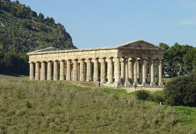 Il tempio dorico dell'Acropoli di Segesta