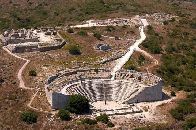 L'Acropoli di Segesta