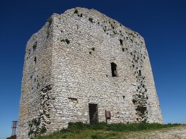 La Torre Saracena del castello di Bonifato