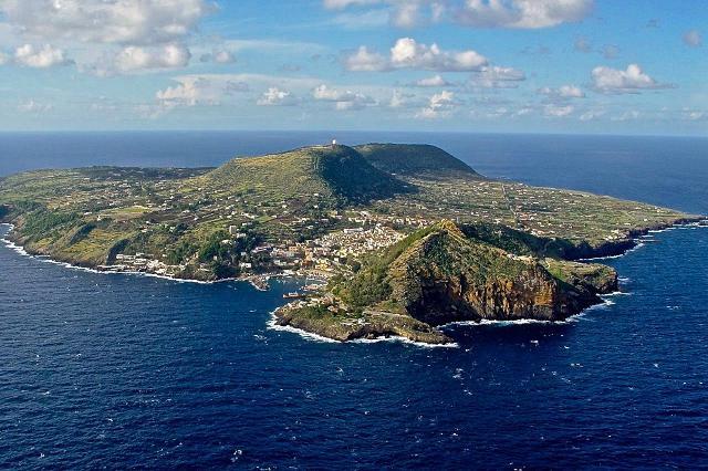 Presentata a Ustica l'Associazione ''Iniziativa PIM'' (Piccole Isole del Mediterraneo)