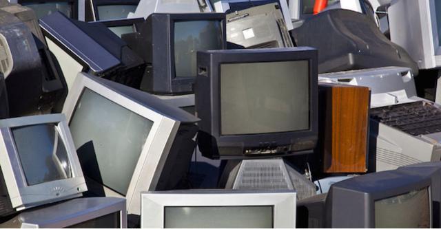 Riciclare le vecchie tv (quasi) per intero