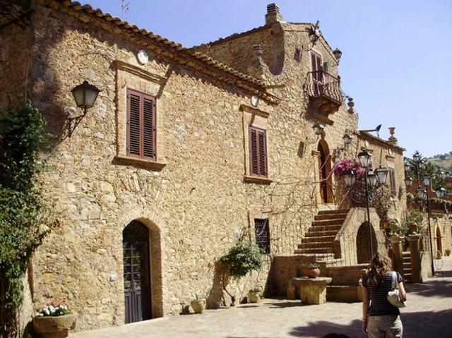 Museo Enzo Cammarata - Villa delle Meraviglie  - Piazza Armerina