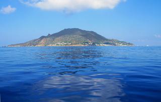 Divi e Vip alle Isole Eolie