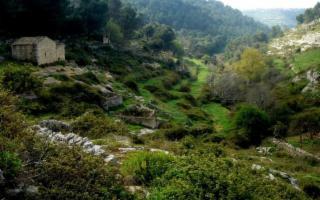 Escursione all'anello delle tre cave