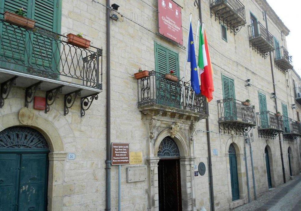 Palazzo Sgadari