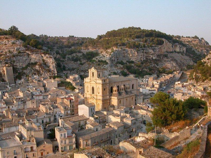 Vie Sacre a Scicli: le chiese rupestri