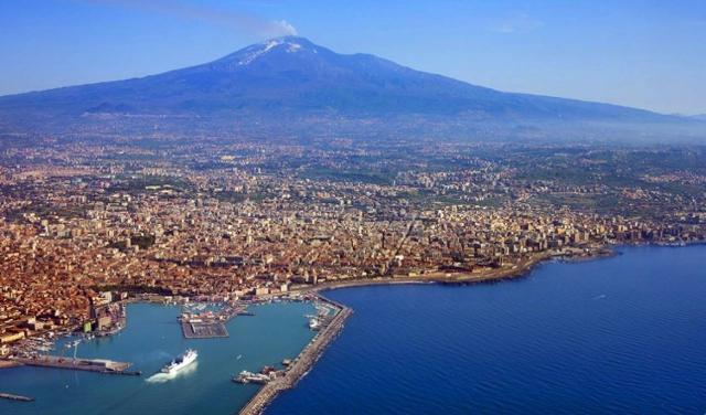 Catania vista dall'alto