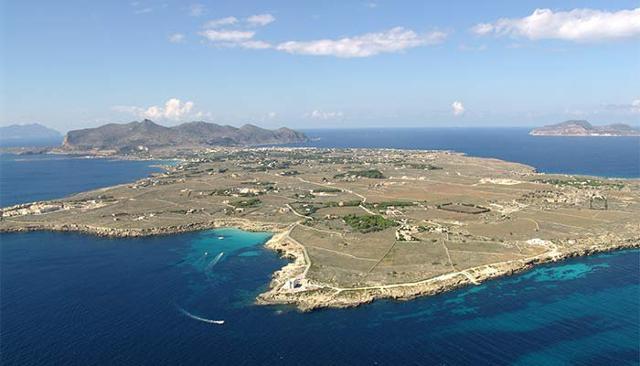 Un panorama delle Isole Egadi
