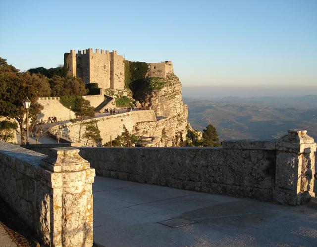 L'ingresso alla camminata verso il castello di Venere ad Erice