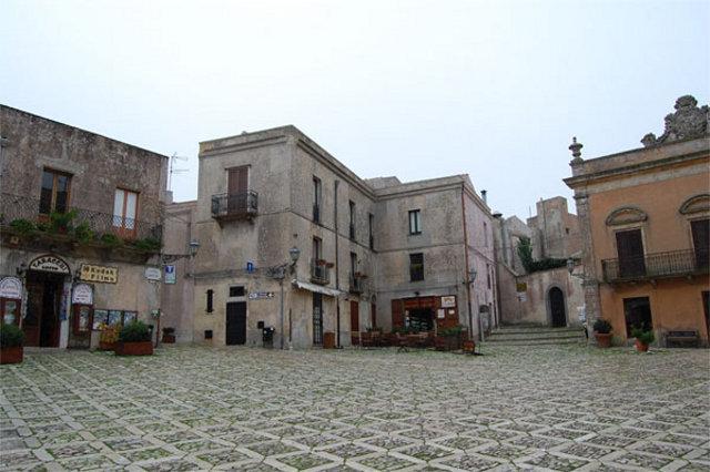 Piazza Umberto I a Erice