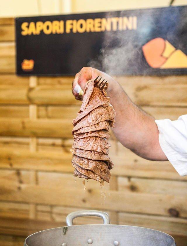 """Il """"Lampredotto"""" fiorentino, ormai ospite fisso di Stragusto, il Festival del cibo da strada e dei mercati"""