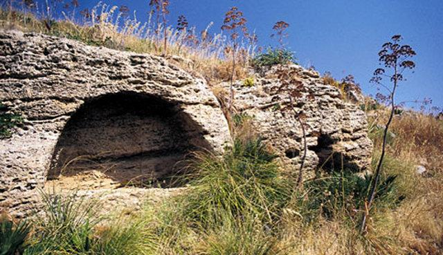 L'area archeologica di contrada Montagnoli in territorio di Menfi (AG)