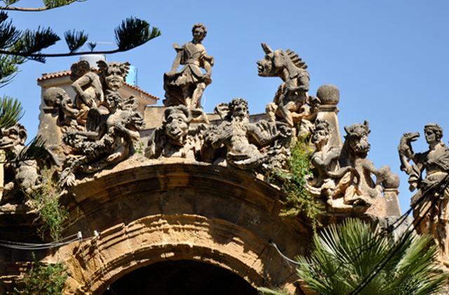 Alcuni dei mostri di Villa Palagonia - Bagheria