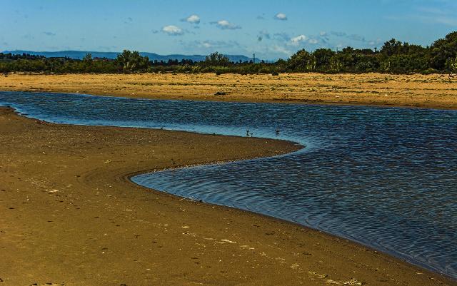 Spiaggia alla foce del fiume Simeto