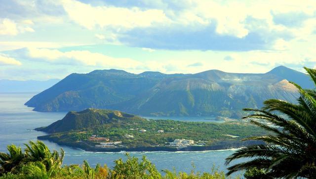 nella-riserva-naturale-orientata-isola-di-vulcano
