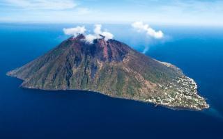 Eolie più sicure grazie alle sirene d'allarme per i vulcani