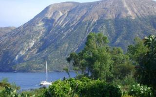 Vulcano si propone come isola ''Covid-free''
