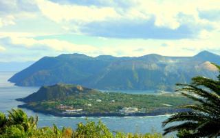 Nella Riserva Naturale Orientata Isola di Vulcano
