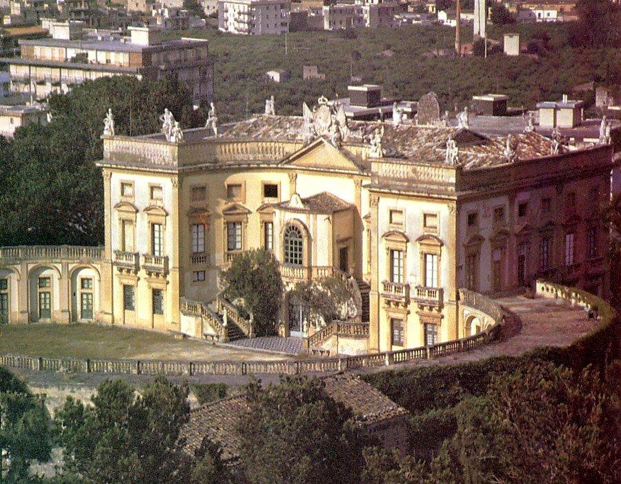 Villa valguarnera la pi sontuosa delle ville di bagheria for Case bagheria