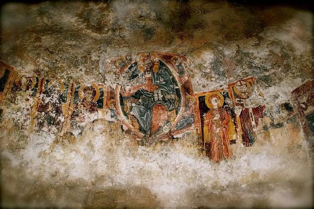 Un affresco della chiesa rupestre di San Nicolò inferiore a Modica