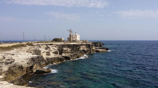 Il faro allo Scalo vecchio di Punta Marsala - Favignana