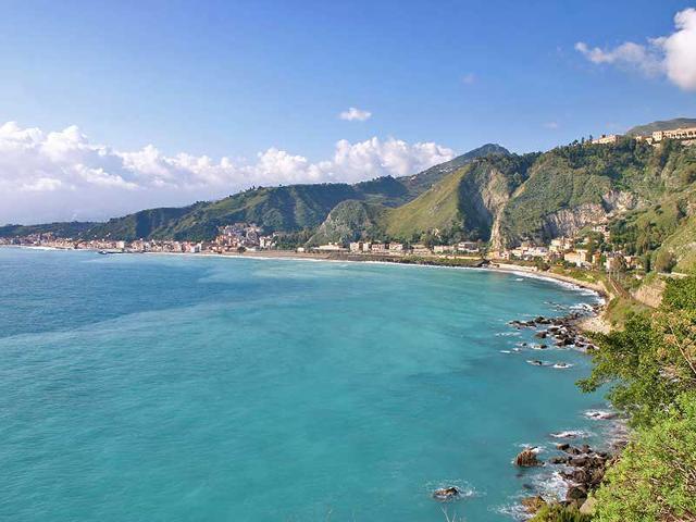 Le spiagge del messinese guida sicilia - La finestra sul mare taormina ...