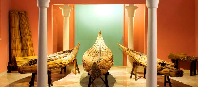 Barche fabbricate con il papiro