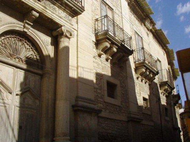 Palazzo De Martino a Burgio