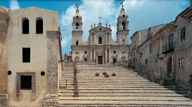 La Chiesa Madre di Palma di Montechiaro, dedicata a Maria Santissima del Rosario