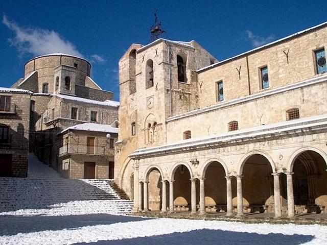 La chiesa Madre di Petralia Soprana, intitolata ai SS. Apostoli Pietro e Paolo