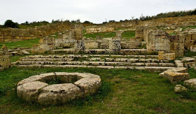 I resti del santuario della Malophoros sulla collina della Gaggera - Selinunte