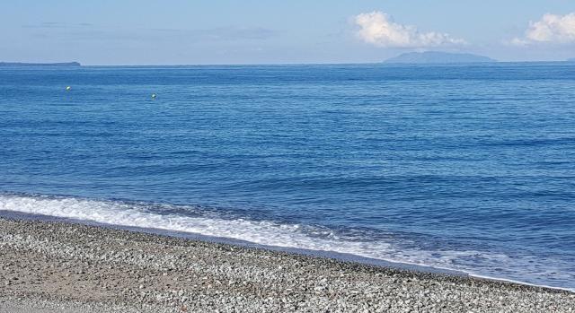 La spiaggia di Rodia