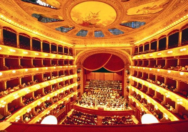 L'interno del Teatro Massimo Vittorio Emanuele di Palermo