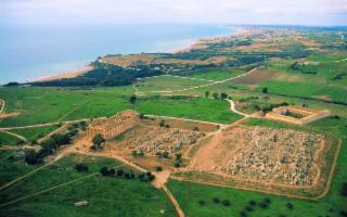 Nel Parco Archeologico di Selinunte continueranno gli scavi del Tempio R